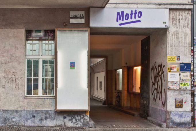 Archie_Chekatouski_The_3rd_Third_Show_Motto_Berlin_1-2-768x512