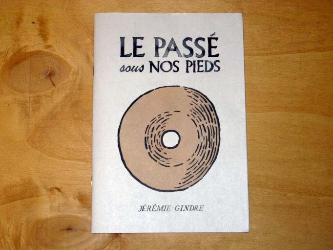 le_passe_sous_nos_pieds_gindre_motto_01