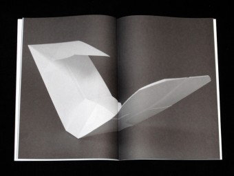 during_the_exhibition_wiels_motto_books_07