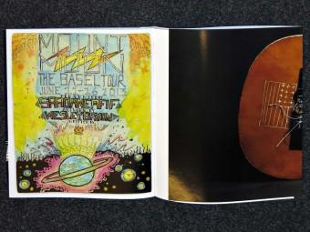 Mount_Moon_the_Basel_Tour_(2013)_Saadane_Afif_Motto_Books_11