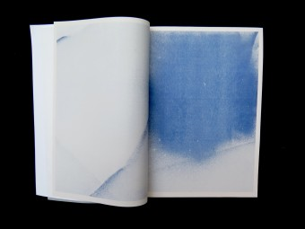 Transparent Movement_Julius GOthlin_MOON SPACE BOOKS_Motto Books_2016_3