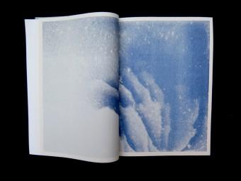 Transparent Movement_Julius GOthlin_MOON SPACE BOOKS_Motto Books_2016_5