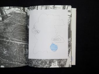 FLYKTSTRATEGIER. Rune Andersson. Moon space Books_Motto books_2017_11