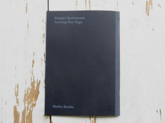 Turning_the_Page_Kasper_Andreasen_motto06
