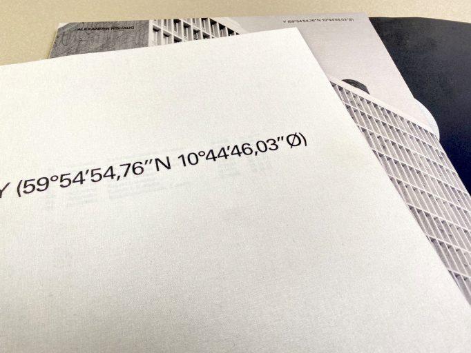 y-59-54-54-76-n-10-44-46-03-o-alexander-rishaug-oslobiennalen-first-edition-2019-2024-motto-books-9788269020472-11
