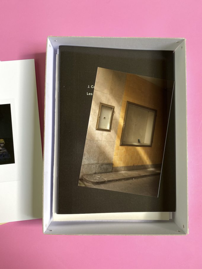 cardboard-box-julien-carreyn-motto-books-crevecoeur-anywave-3