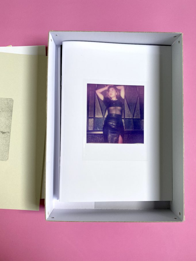 cardboard-box-julien-carreyn-motto-books-crevecoeur-anywave-4