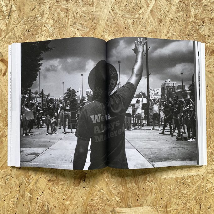 emergence-magazine-volume-2-seanna-quinn-bethany-ritz-emmanuel-vaughan-lee-725274714896-9