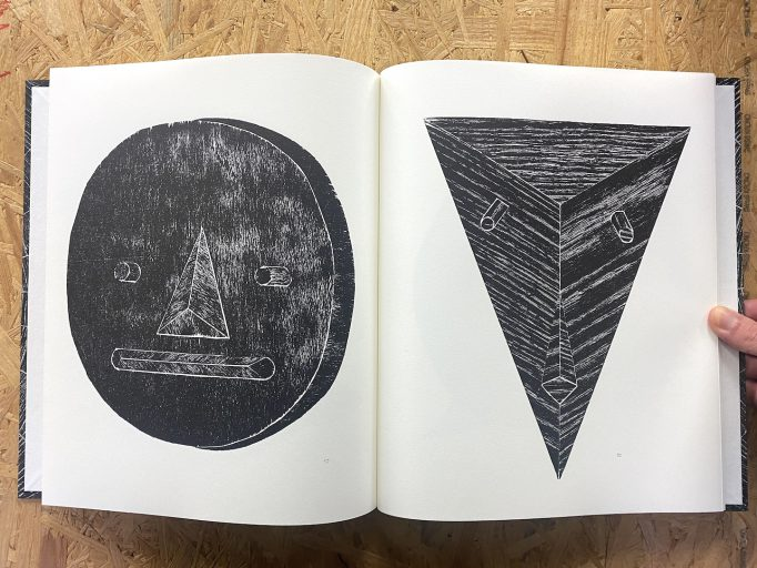 all-mighty-gods-eran-nave-dfus-golem-publishing-3